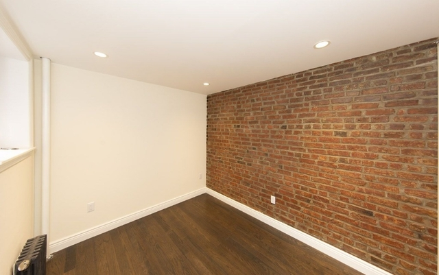 1 Bedroom, Alphabet City Rental in NYC for $2,842 - Photo 2