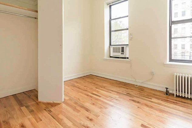 3 Bedrooms, Rose Hill Rental in NYC for $5,395 - Photo 2