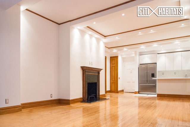 2 Bedrooms, Theater District Rental in NYC for $6,225 - Photo 1