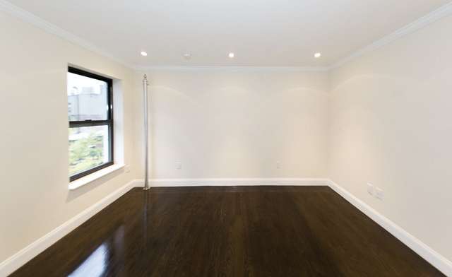 3 Bedrooms, East Village Rental in NYC for $5,729 - Photo 2