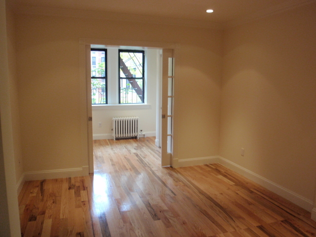 2 Bedrooms, Yorkville Rental in NYC for $3,040 - Photo 1
