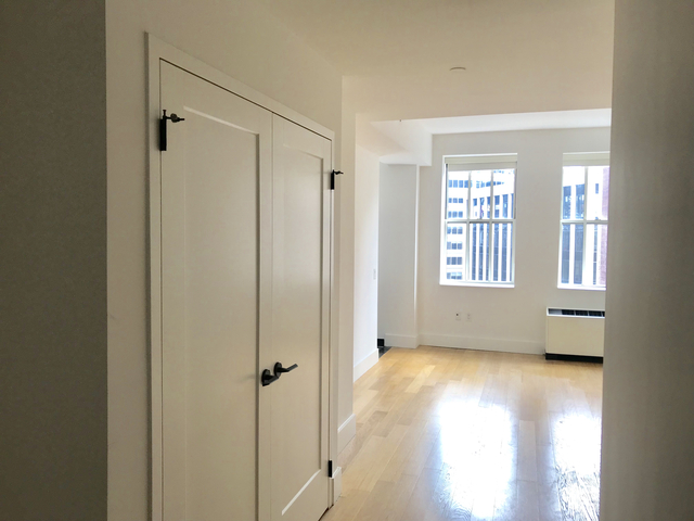 Studio, Financial District Rental in NYC for $2,630 - Photo 1