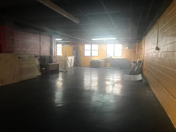 Loft, Astoria Rental in NYC for $6,500 - Photo 2