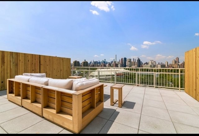 2 Bedrooms, Astoria Rental in NYC for $3,500 - Photo 2