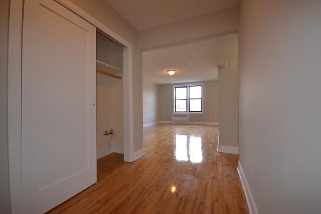2 Bedrooms, Kew Gardens Rental in NYC for $2,550 - Photo 2