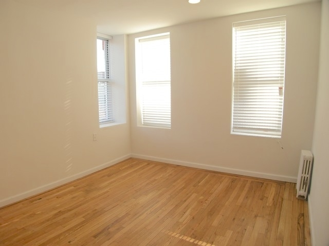 2 Bedrooms, Lower East Side Rental in NYC for $3,200 - Photo 2