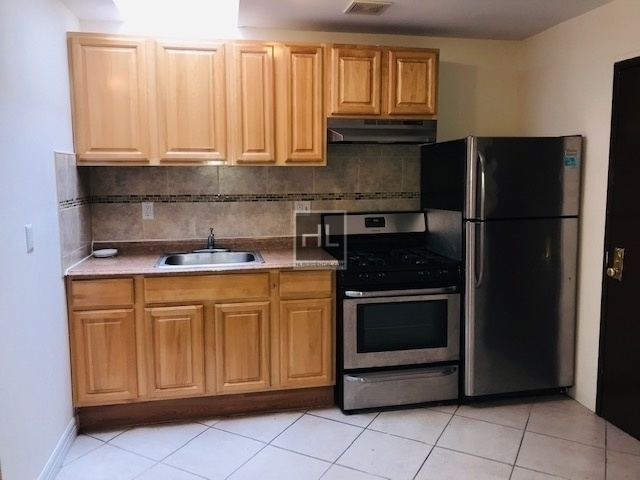 2 Bedrooms, Prospect Lefferts Gardens Rental in NYC for $2,100 - Photo 2