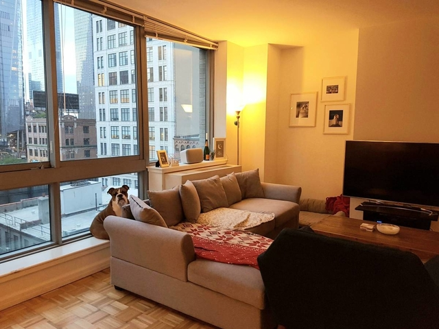 1 Bedroom, Hell's Kitchen Rental in NYC for $3,591 - Photo 2