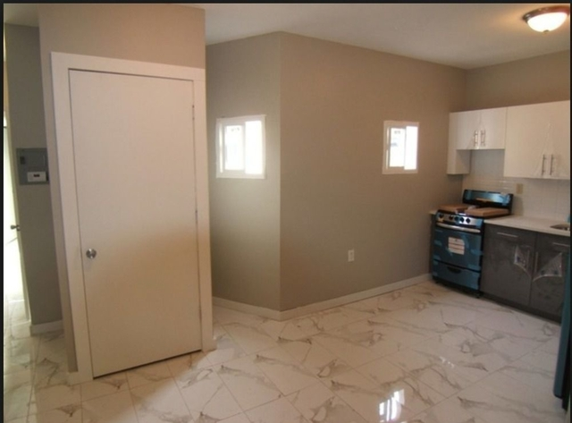 2 Bedrooms, Borough Park Rental in NYC for $2,075 - Photo 1