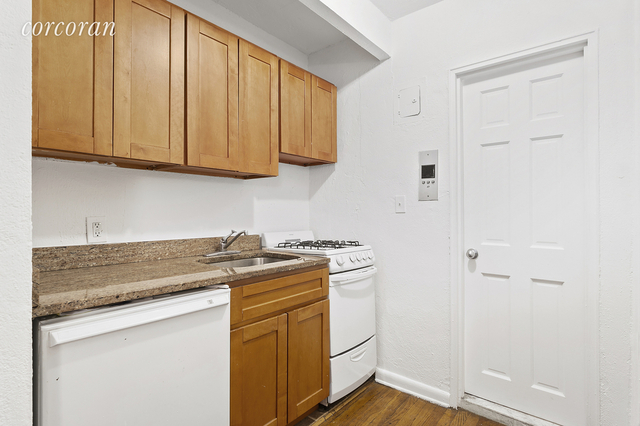 Studio, Chelsea Rental in NYC for $2,275 - Photo 2