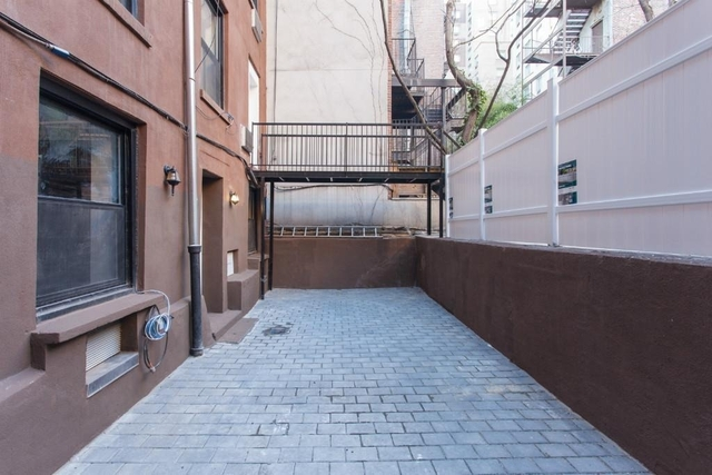 3 Bedrooms, East Village Rental in NYC for $7,200 - Photo 1