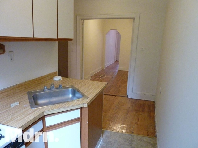 Studio, Yorkville Rental in NYC for $2,525 - Photo 2