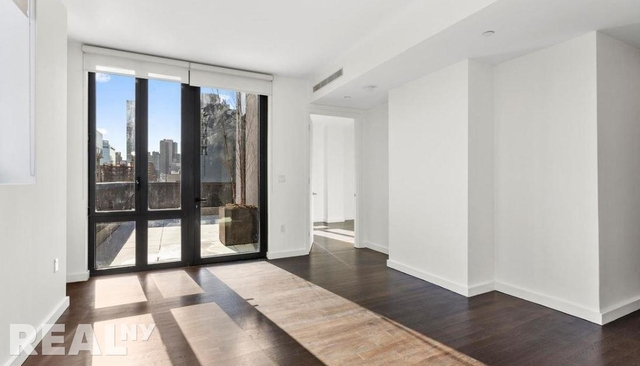 1 Bedroom, Long Island City Rental in NYC for $3,415 - Photo 2