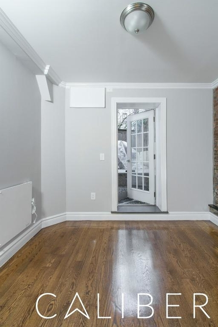 2 Bedrooms, Alphabet City Rental in NYC for $3,395 - Photo 2