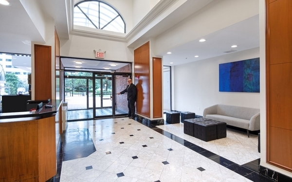 3 Bedrooms, Newport Rental in NYC for $3,905 - Photo 1