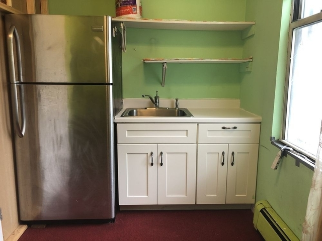 3 Bedrooms, Astoria Rental in NYC for $2,200 - Photo 1