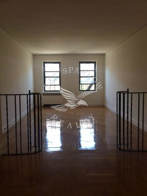2 Bedrooms, Inwood Rental in NYC for $2,500 - Photo 1