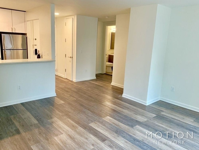 Studio, Hell's Kitchen Rental in NYC for $3,505 - Photo 1