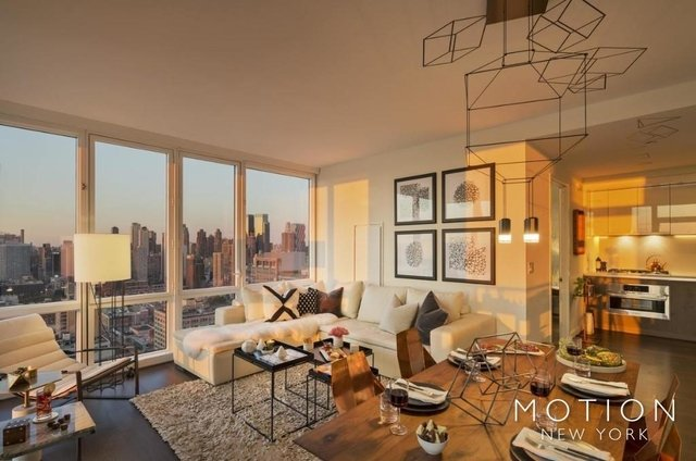 Studio, Hell's Kitchen Rental in NYC for $3,985 - Photo 2
