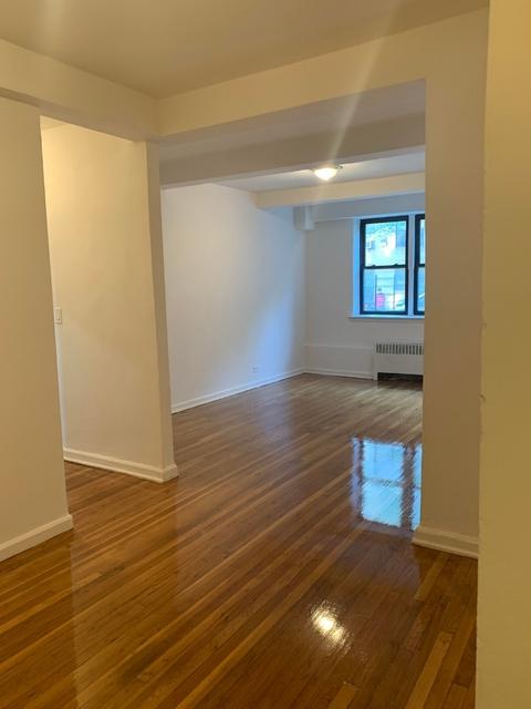 2 Bedrooms, Mount Eden Rental in NYC for $1,825 - Photo 2