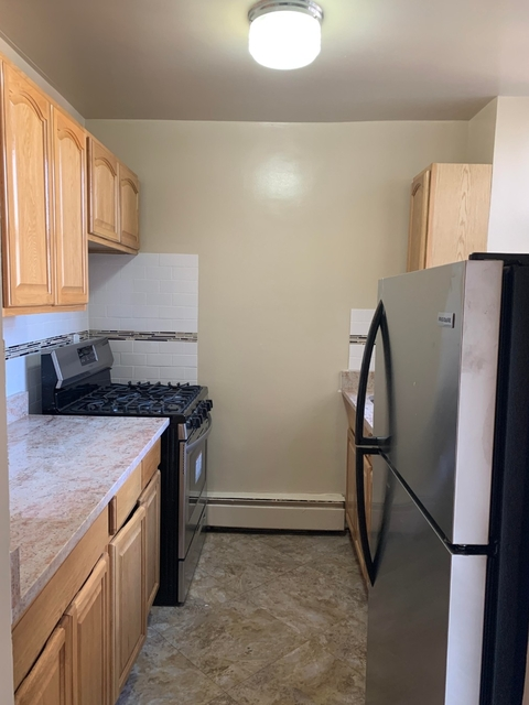 2 Bedrooms, Concourse Rental in NYC for $1,800 - Photo 1