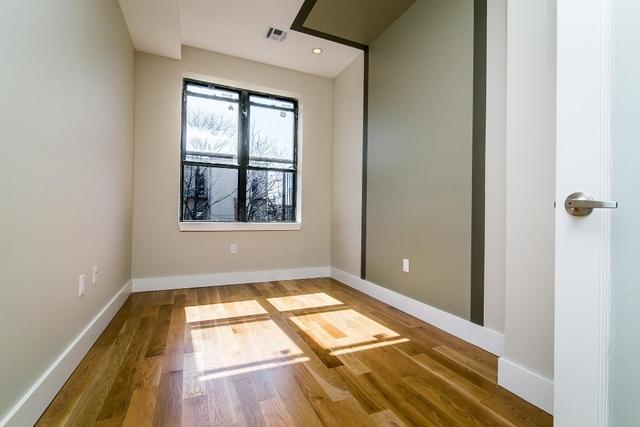 Room, Bushwick Rental in NYC for $1,100 - Photo 2