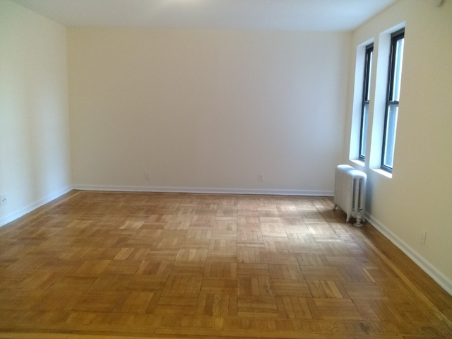 2 Bedrooms, Inwood Rental in NYC for $2,445 - Photo 2