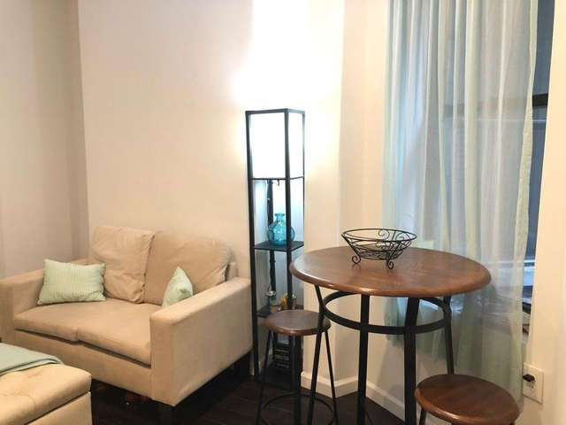 2 Bedrooms, Greenwich Village Rental in NYC for $3,700 - Photo 2