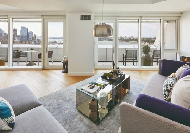 1 Bedroom, Hell's Kitchen Rental in NYC for $4,108 - Photo 2