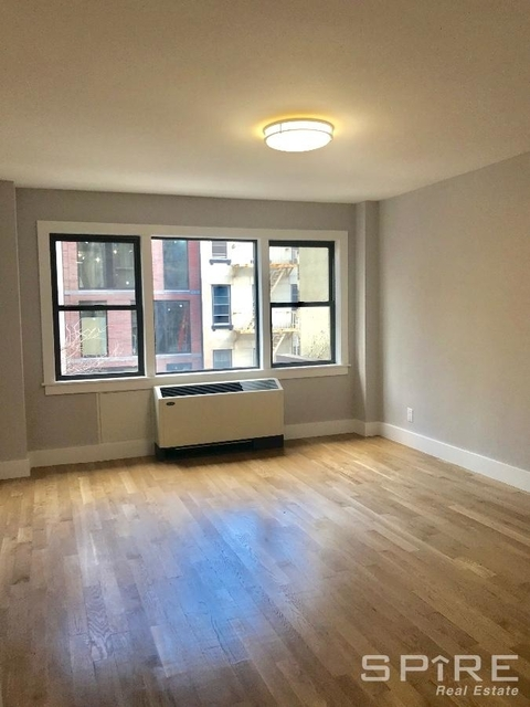 3 Bedrooms, Turtle Bay Rental in NYC for $6,995 - Photo 2