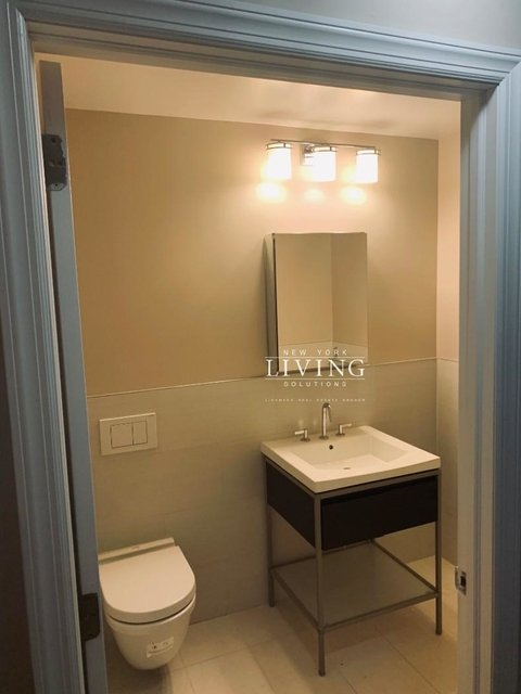 2 Bedrooms, Tribeca Rental in NYC for $5,495 - Photo 1