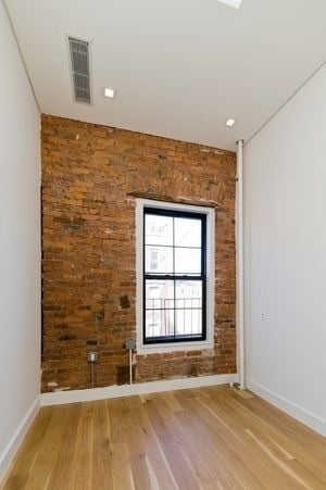 2 Bedrooms, Bowery Rental in NYC for $3,950 - Photo 2