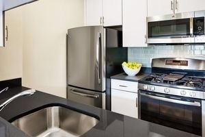 Studio, Upper West Side Rental in NYC for $3,350 - Photo 2