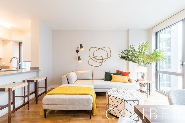4 Bedrooms, Hell's Kitchen Rental in NYC for $5,825 - Photo 1