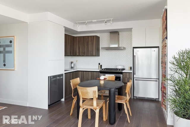 Studio, Greenpoint Rental in NYC for $2,635 - Photo 2