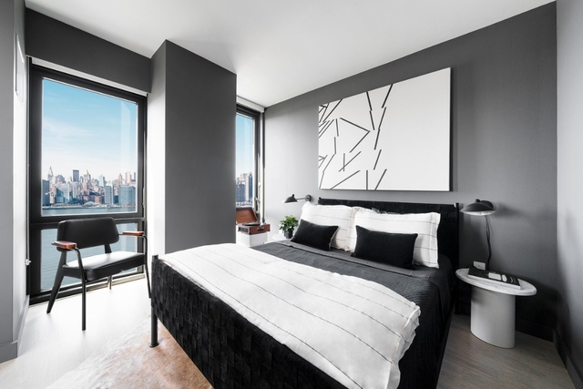 1 Bedroom, Greenpoint Rental in NYC for $4,121 - Photo 2