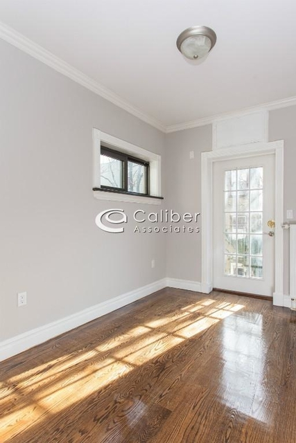 3 Bedrooms, East Village Rental in NYC for $6,295 - Photo 2
