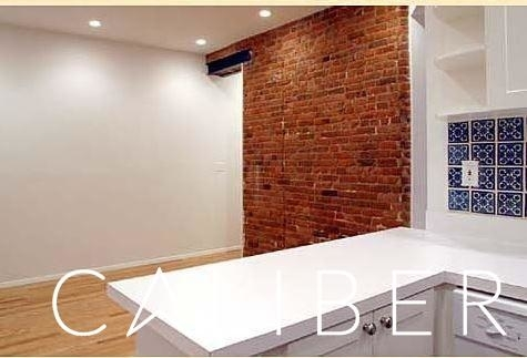 3 Bedrooms, Gramercy Park Rental in NYC for $4,575 - Photo 2