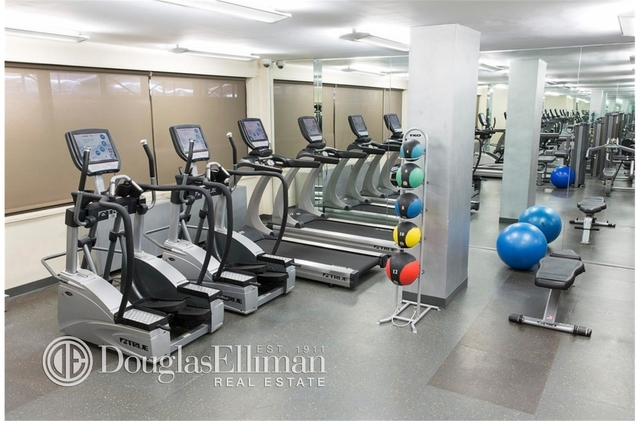 2 Bedrooms, Rose Hill Rental in NYC for $6,295 - Photo 2
