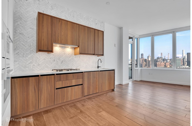 1 Bedroom, Greenpoint Rental in NYC for $3,975 - Photo 1