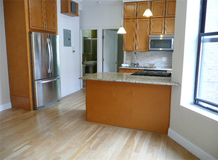 2 Bedrooms, Upper West Side Rental in NYC for $4,295 - Photo 2