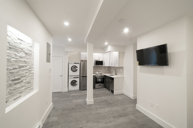 3 Bedrooms, Fort George Rental in NYC for $3,100 - Photo 1