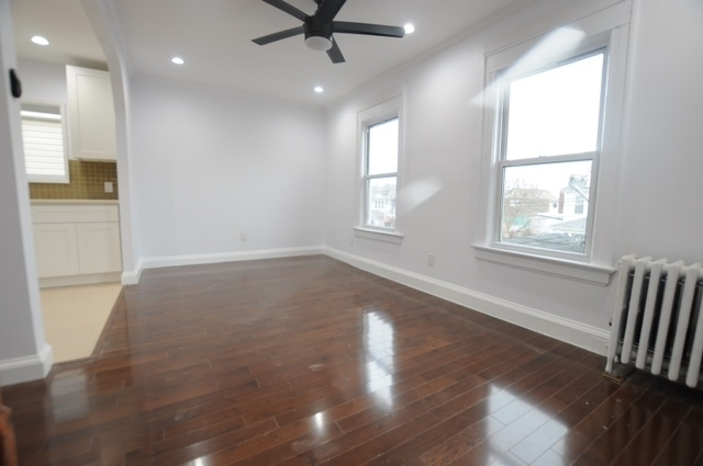 3 Bedrooms, Richmond Hill Rental in NYC for $2,495 - Photo 2