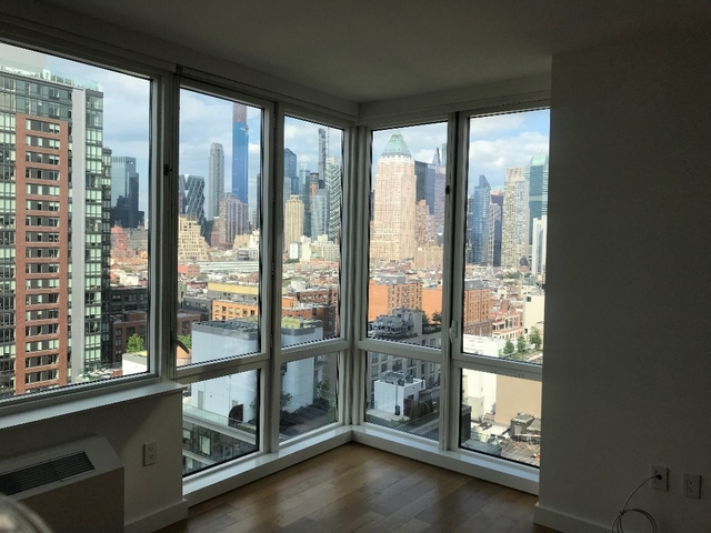1 Bedroom, Hell's Kitchen Rental in NYC for $4,385 - Photo 2