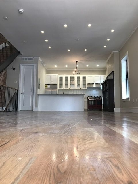 5 Bedrooms, Crown Heights Rental in NYC for $8,000 - Photo 1