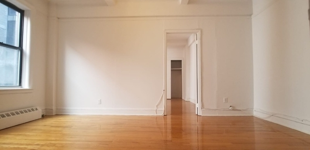 Studio, Theater District Rental in NYC for $2,195 - Photo 2