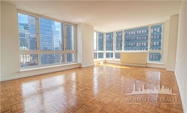 1 Bedroom, Hell's Kitchen Rental in NYC for $3,300 - Photo 1