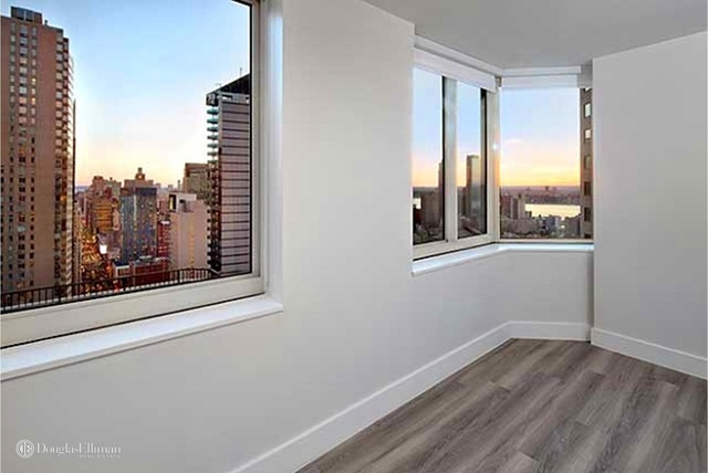 Studio, Theater District Rental in NYC for $3,248 - Photo 1