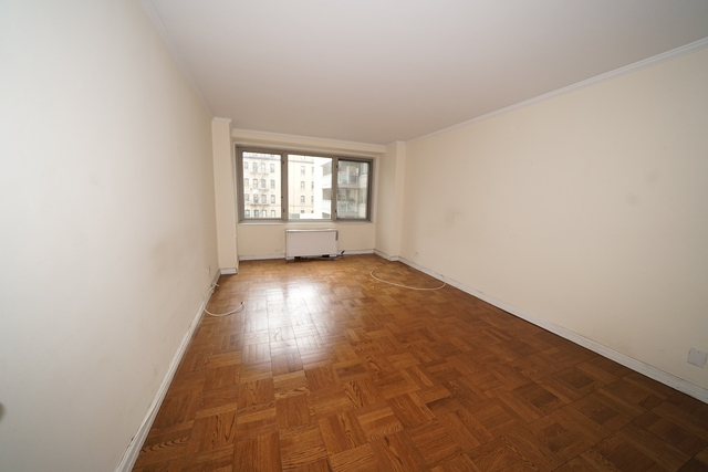 1 Bedroom, Yorkville Rental in NYC for $3,500 - Photo 2