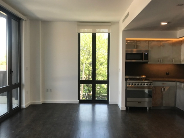 2 Bedrooms, Long Island City Rental in NYC for $3,685 - Photo 2